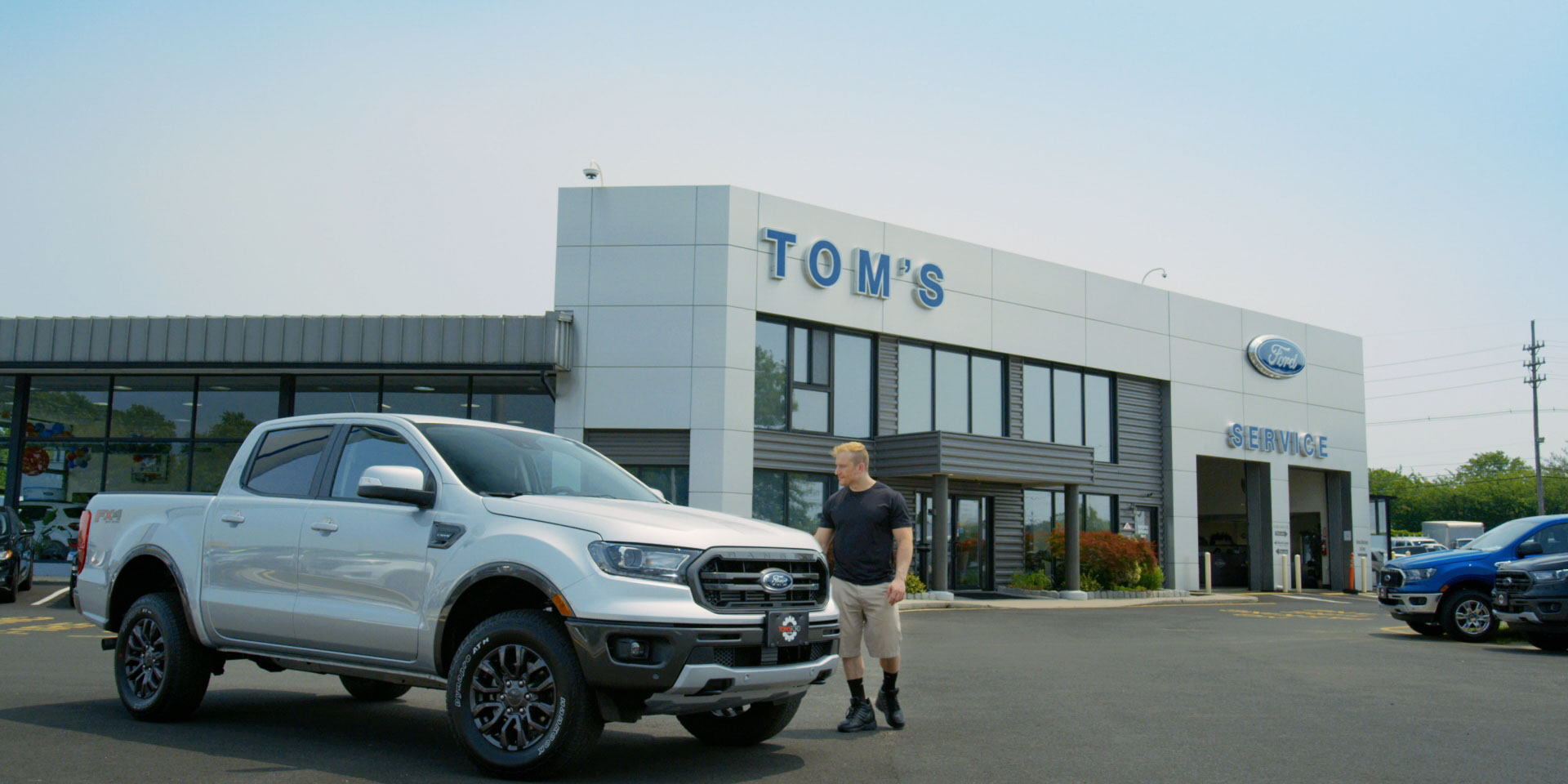 Checking out the new Ford Ranger at Tom's Ford Auto Dealer